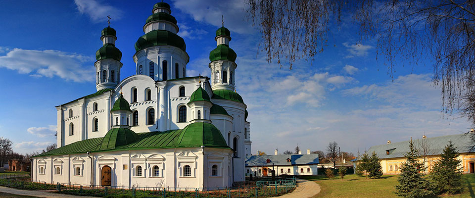 Nizhin - a city of churches